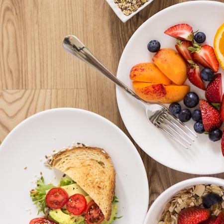 alimentos para revertir el envejecimiento en tu nutrición deportiva